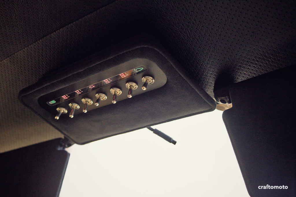 Custom Capri overhead console